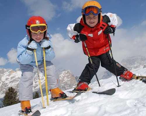 Детская горнолыжная одежда: на что обратить внимание при выборе