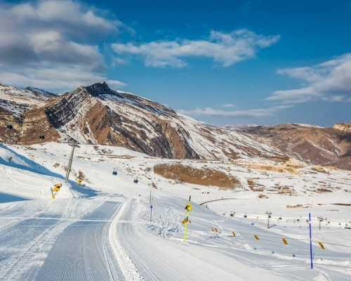Горнолыжные курорты Азербайджана: сезон для катания, горнолыжные комплексы
