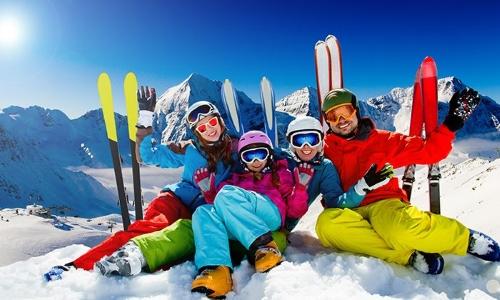 Выбирая экипировку и одежду для катания на лыжах, стоит особенно обратить внимание на горнолыжные брюки