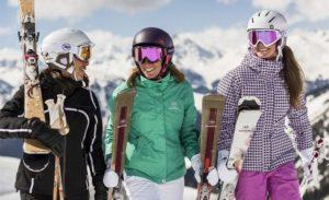 Женский костюм для сноуборда должен быть комфортным