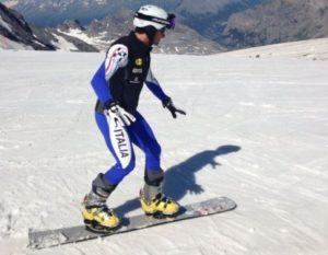Жесткие сноуборд ботинки